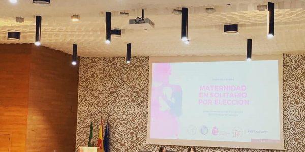 Más de un centenar de madres solas por elección se dan cita este viernes en unas jornadas en la Universidad de Sevilla